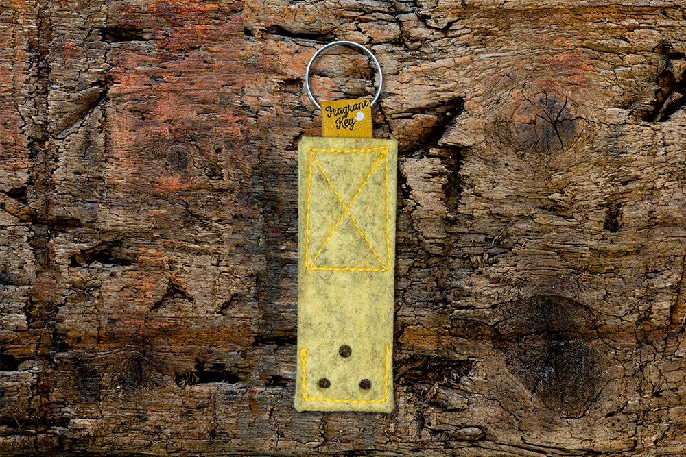 Naturfilz Schlüsselanhänger mit Duftfunktion vanille